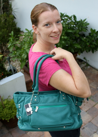 Stylish DSLR Camera Bags for Women from Epiphanie Sweepstakes