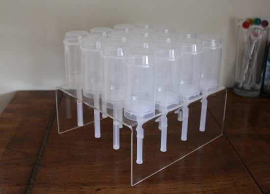 Push Pop Container Acrylic Stand