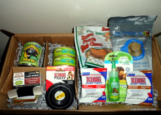 Monthly Box Subscriptions For Cats And Dogs