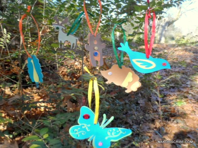 Handmade Ornaments Are An Easy Christmas Craft For Kids