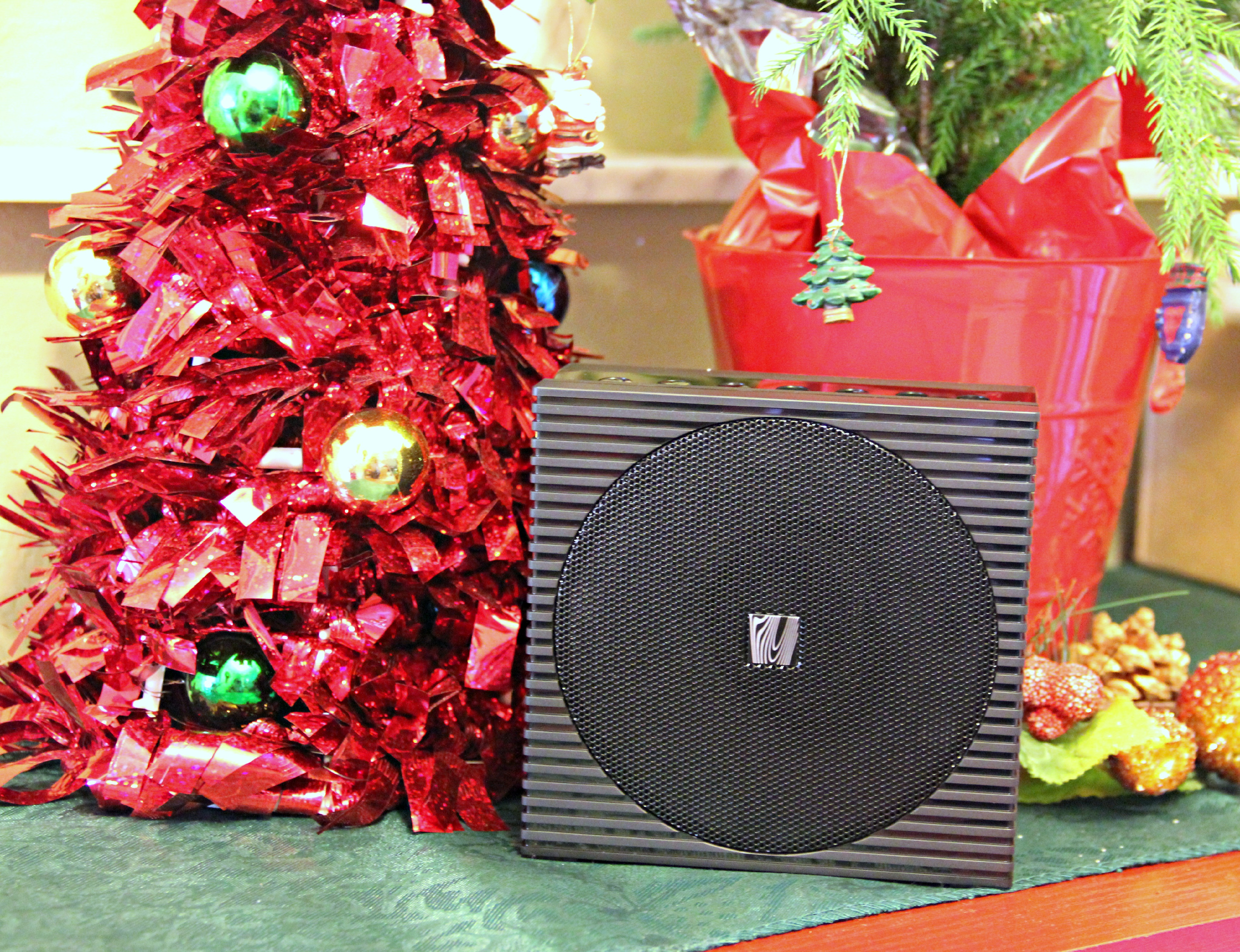 Rockin Around The Christmas Tree With The Soundfreaq #SoundSpot