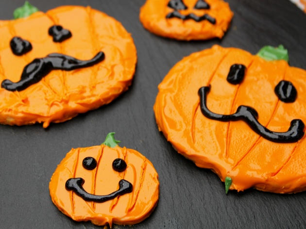 Jack O Lantern Pumpkin Spice Cookies #CansGetYouCooking