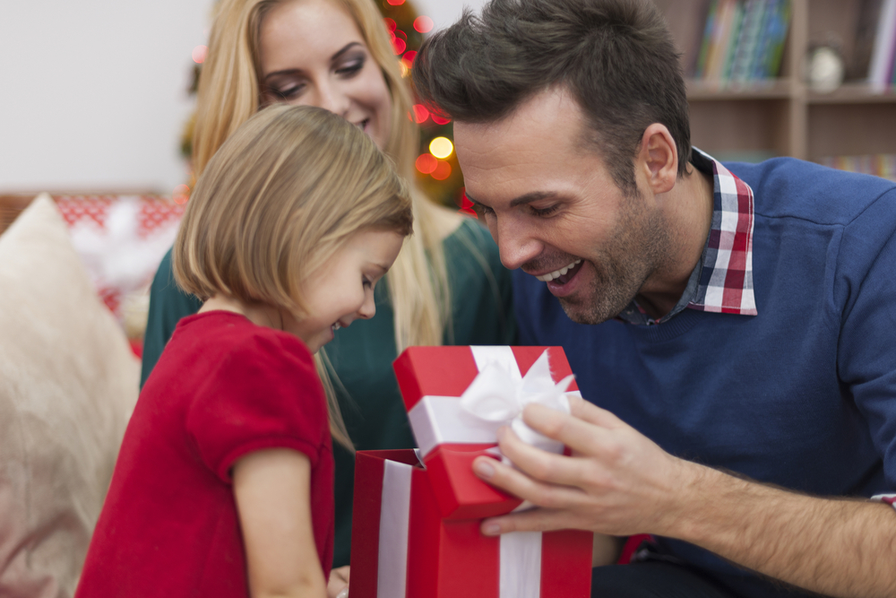 How To Make A Birthday Close To Christmas Special