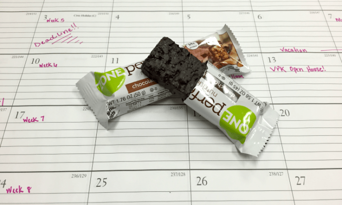 Healthy Snacks to Eat at Work