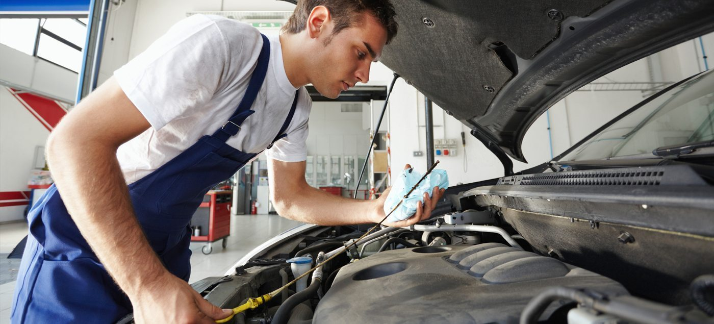 Finding a Car Mechanic: Spotting a Professional Who Wants Your Trust and Repeat Business