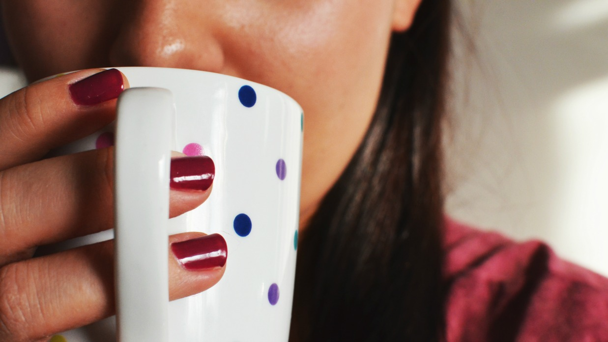 4 Reasons Drinking Tea Helps You Lose Weight