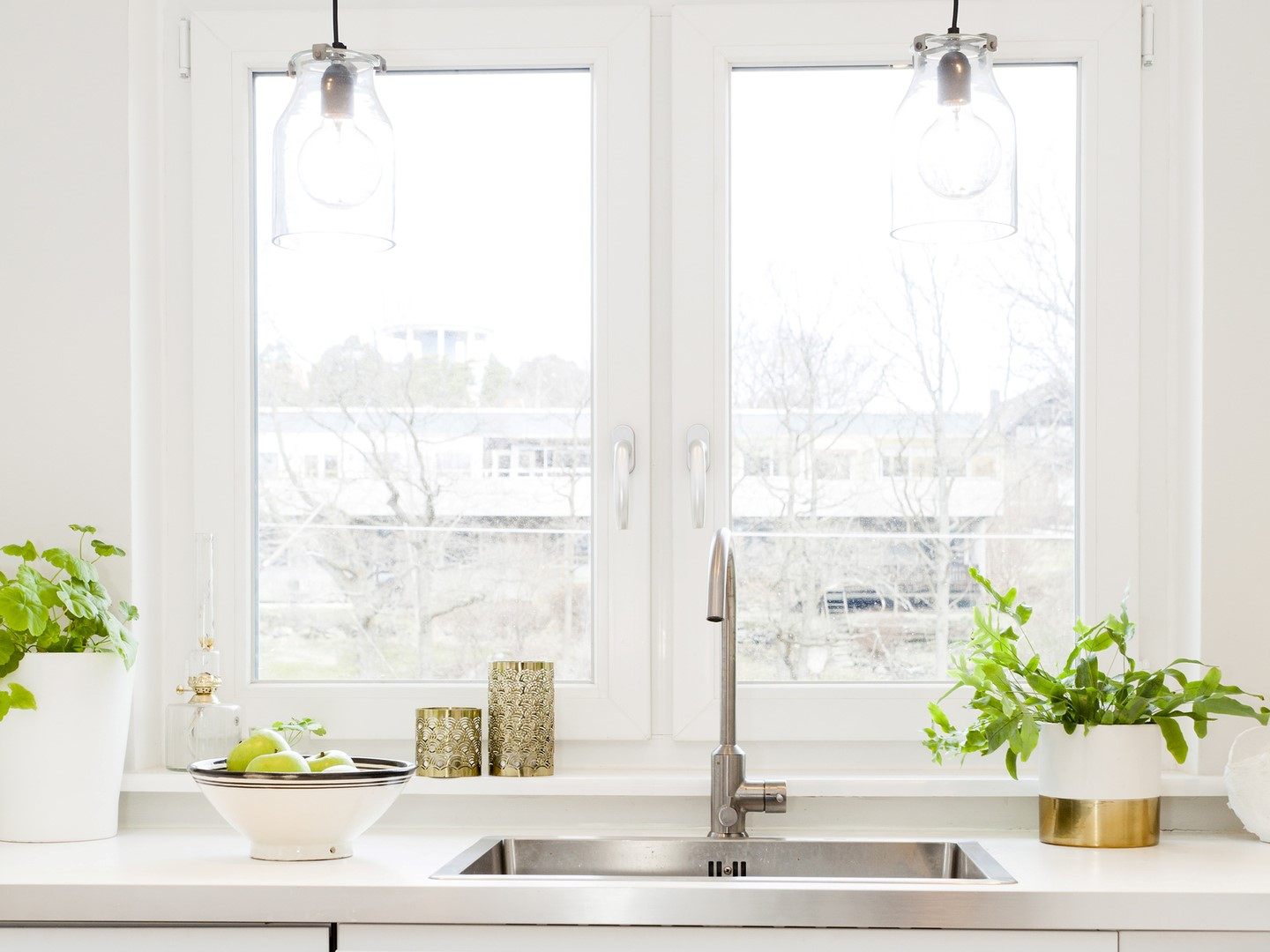 5 Easy Methods to Unclog Your Kitchen Sink Without Any Unpleasant Chemicals