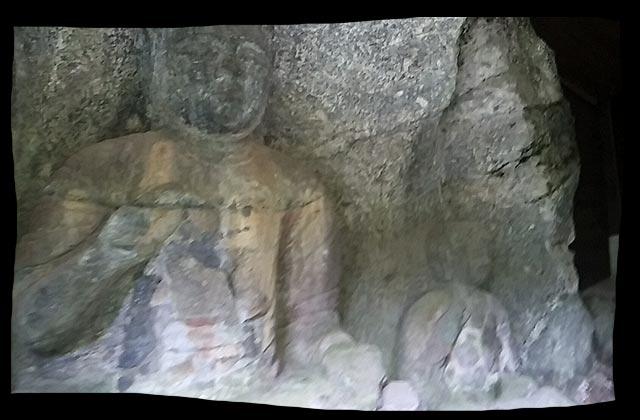 山王山石仏