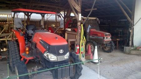 愛知牧場のトラクター業務用