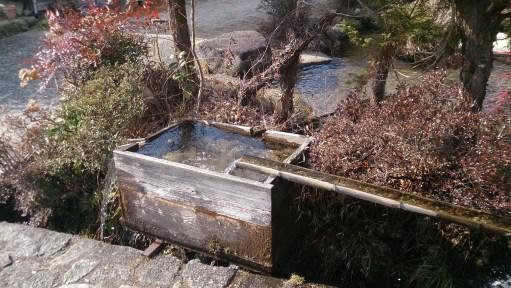 馬籠宿の水場02