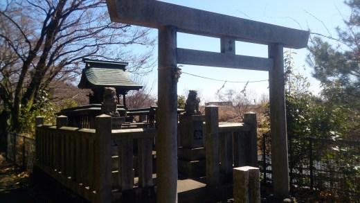 三井山の水神様の鳥居