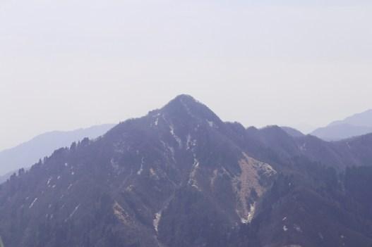 御在所9の山上からの山々の景色02