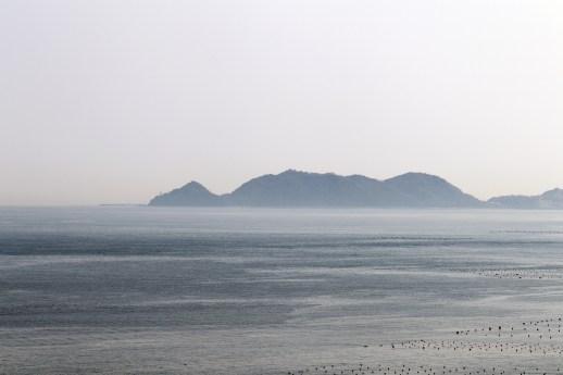 鳴門13-3の渦の道への途中で撮影した半島