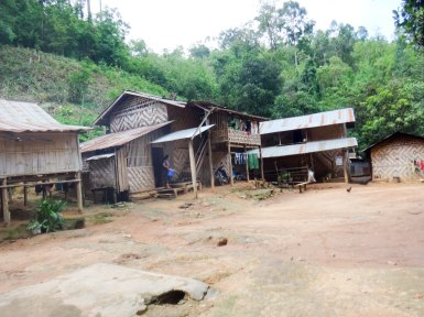 Ban Nai Soi Kayan Long Neck Village