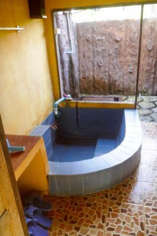 70バーツの個室風呂