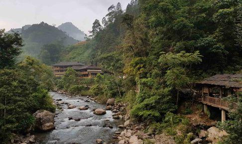 龙胜温泉は山川環境良いが高すぎ論外