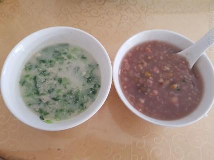 混豆粥は2元。トウモロコシ粥もある。