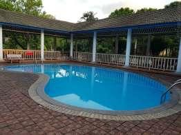 温泉プールもあるが。