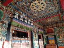 Rumtek Temple ルムテック修道院の朝日
