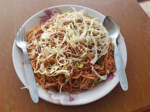 Rihana Thakali Kitchen の焼きそば70Rs