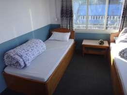 最上階の部屋はきれい。300→200Rsで