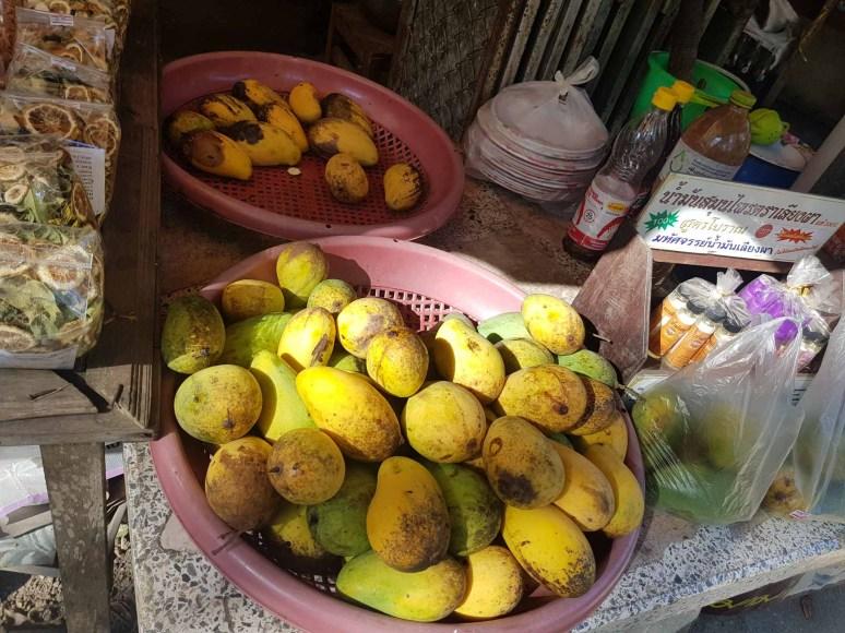 20バーツのマンゴー