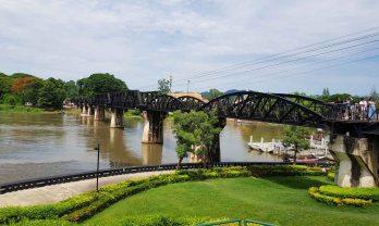 泰緬鉄道メクロン河永久橋とJEATH戦争博物館