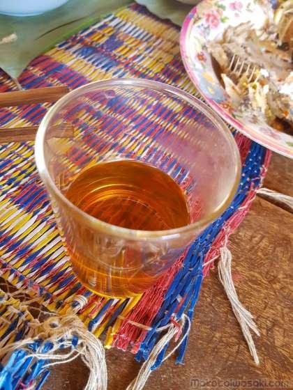お茶を飲む習慣あり。酒は飲まないという