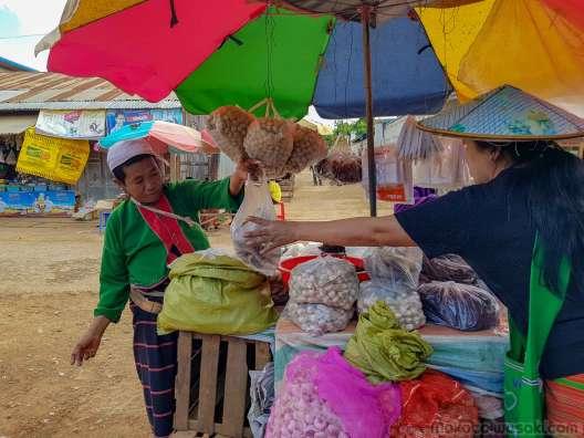 Kho Lam の市場