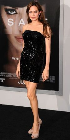 Angelina-Jolie-52