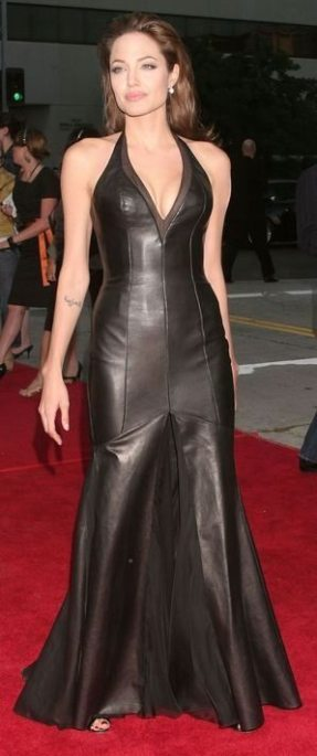 Angelina-Jolie-68