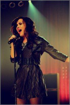 Demi-Lovato-1