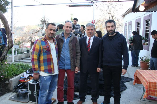 Yagmur-Kiyamet-Cicegi-2014-filmi-14