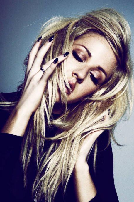 Ellie-Goulding-12