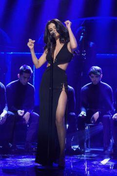 Selena-Gomez-22