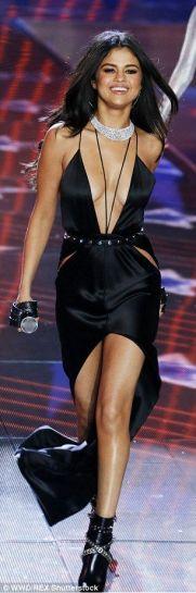 Selena-Gomez-36