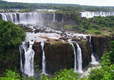 Iguazu-Milli-Parki,-Brezilya-ve-Arjantin
