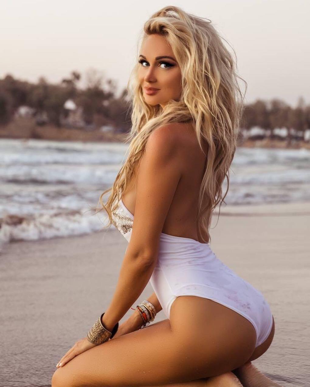 Victoria-Lopyreva-Fotograflari-2018-49