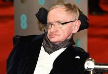 Stephen-Hawking-2018-18
