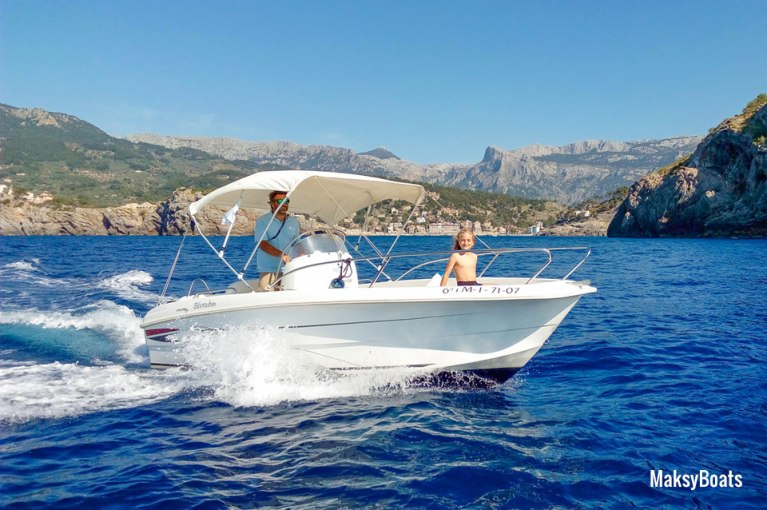 Boat Hire with License in Port de Sóller