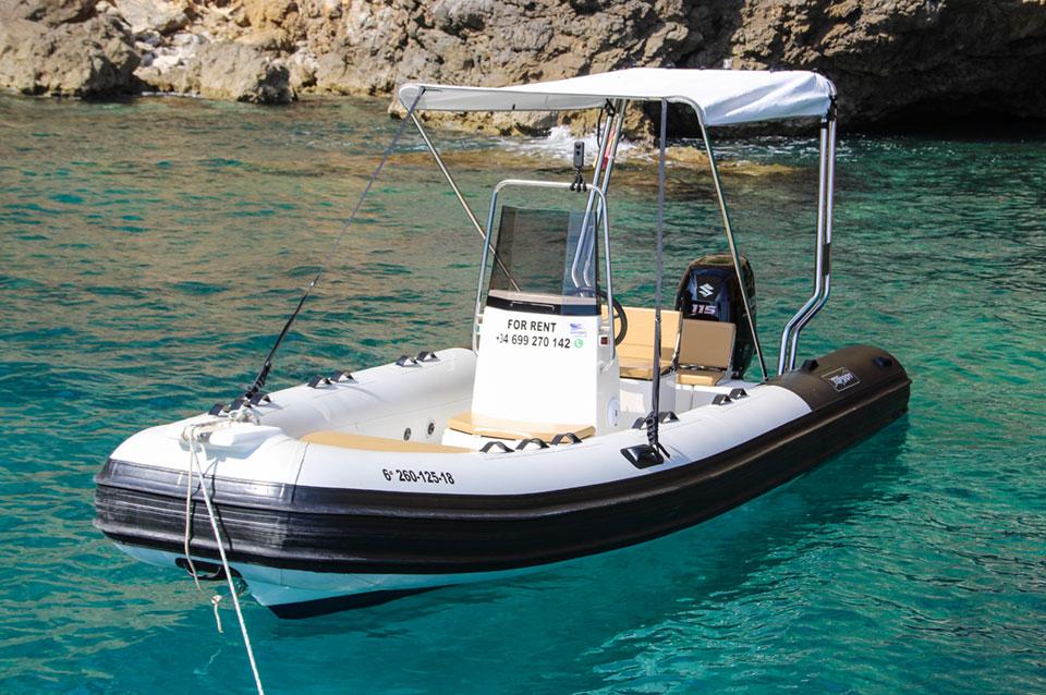 Alquiler de barcos Mallorca Rib Tarpon 590