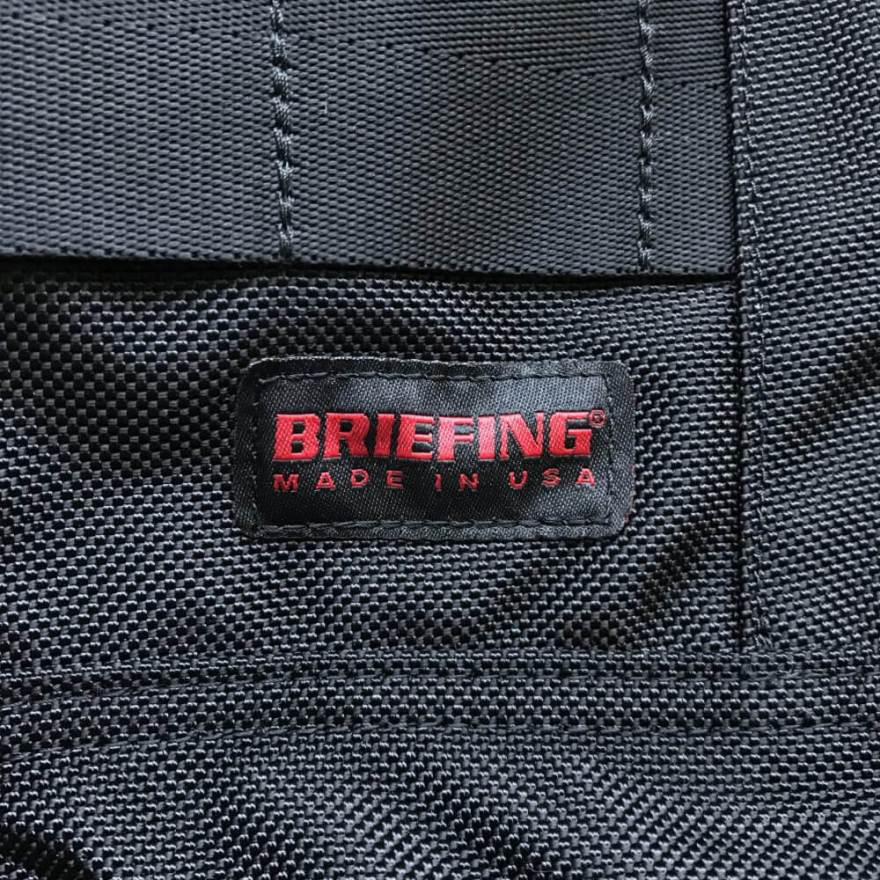 BRIEFING(ブリーフィング)のロゴ