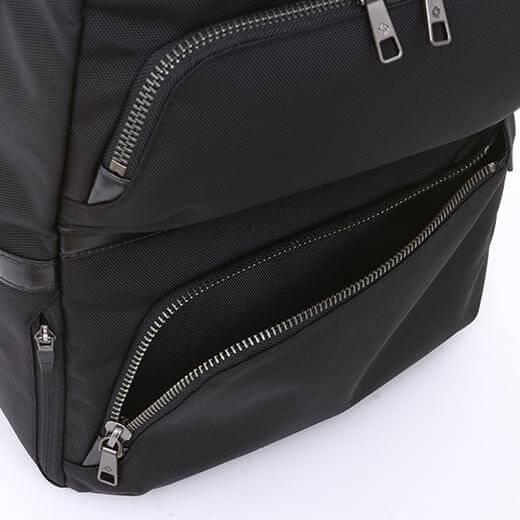 Effi-Tecバックパックのフロントポケット
