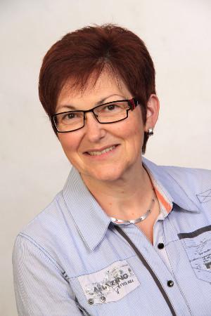 Sabine Kelkel macht Gedächtnistraining mit Senioren