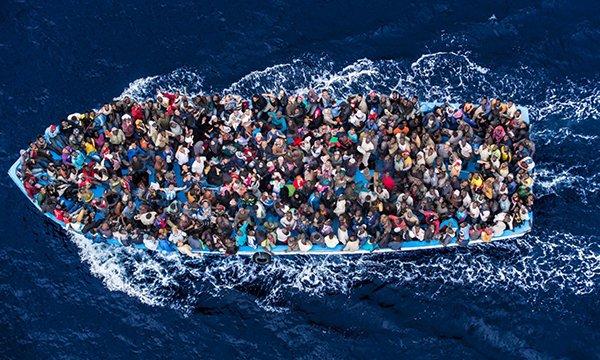 Más de 100 ONG instan a líderes europeos a rechazar las nuevas políticas de la UE para contener la migración