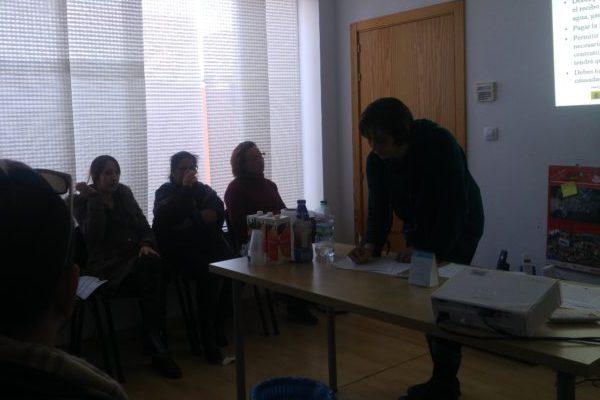Torre del Mar acoge un taller informativo sobre el acceso a la vivienda