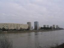 Février 2005, depuis la rive d'en face, vue sur la banane Angleterre (avant raccourcissement) et Malakoff amont