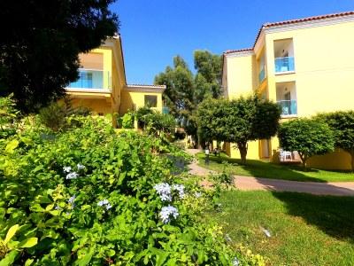 Malama Beach Holiday Village - Gardens