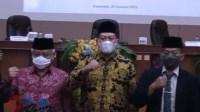 Foto : HM Sanusi bersama wakil Bupati terpilih saat penetapan pleno KPU kab malang
