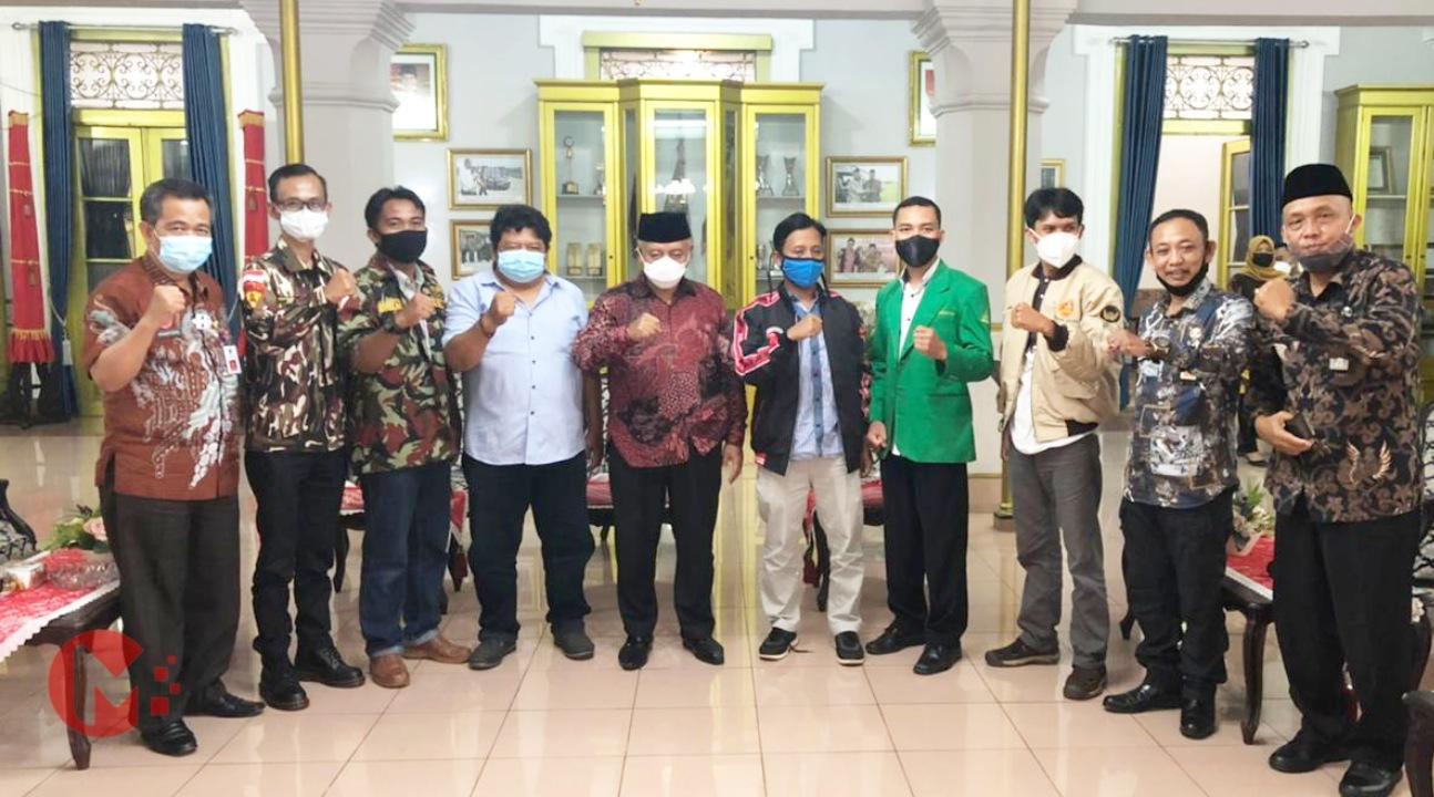 Foto : Pimpinan OKP Bersama Bupati Malang